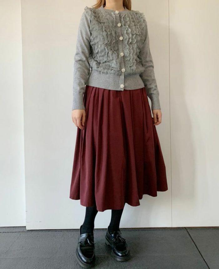 身長159cm バーガンディーの山の手スカートとコーディネート