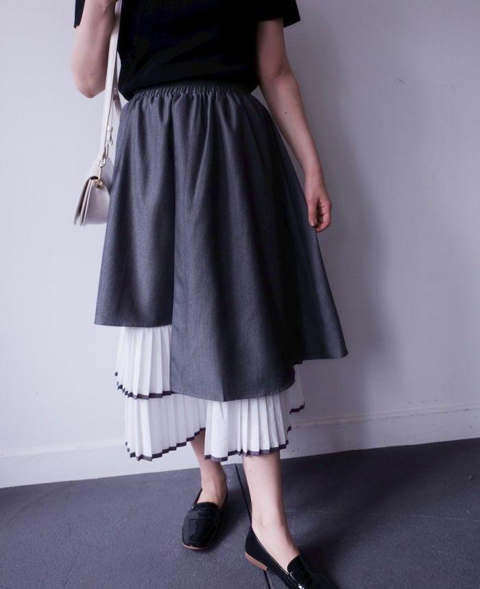 ラインヘムプリーツレイヤードスカート