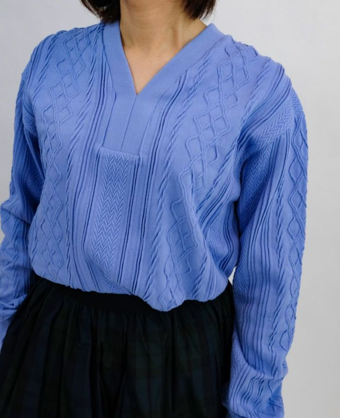 Vネック編み柄カットソー