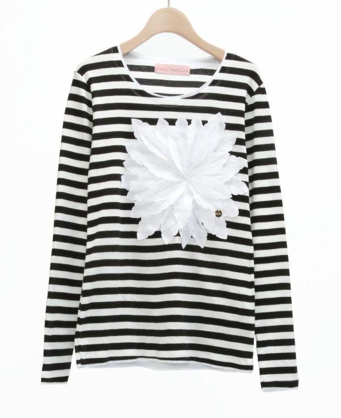 お花アップリケ長袖Tシャツ BLKST*ホワイト