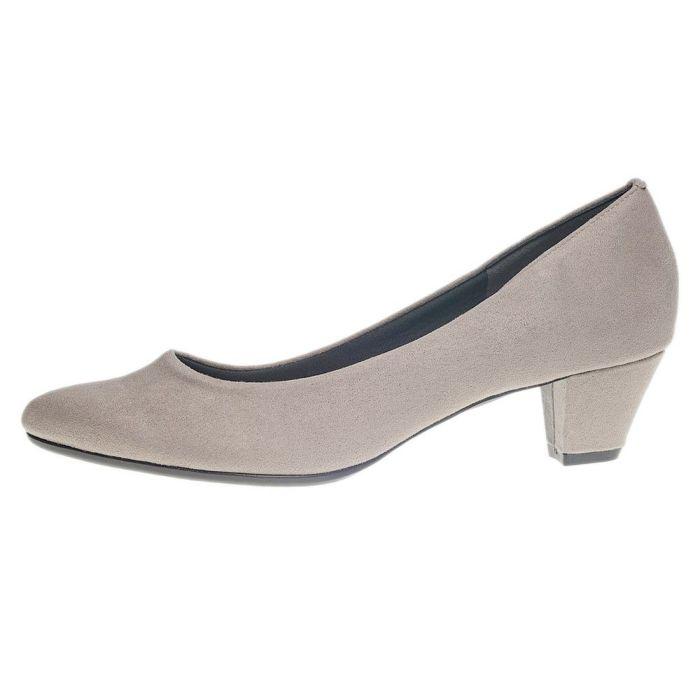 足の動きにしっかりフィット