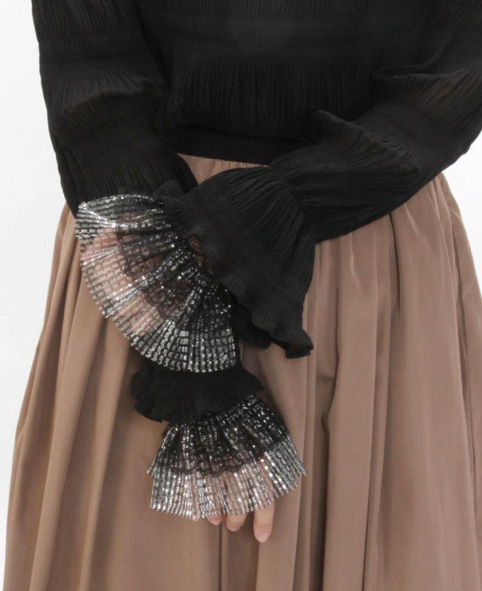 ラメつけ袖 レイヤード スカートと合わせた秋冬コーデ