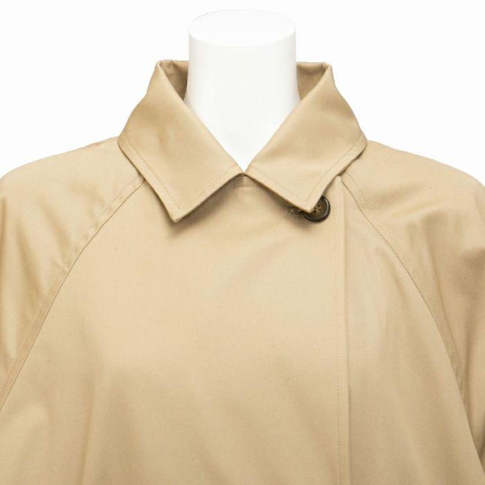 オーバーサイズトレンチコート ステンカラー 襟 ベージュ フロント部分