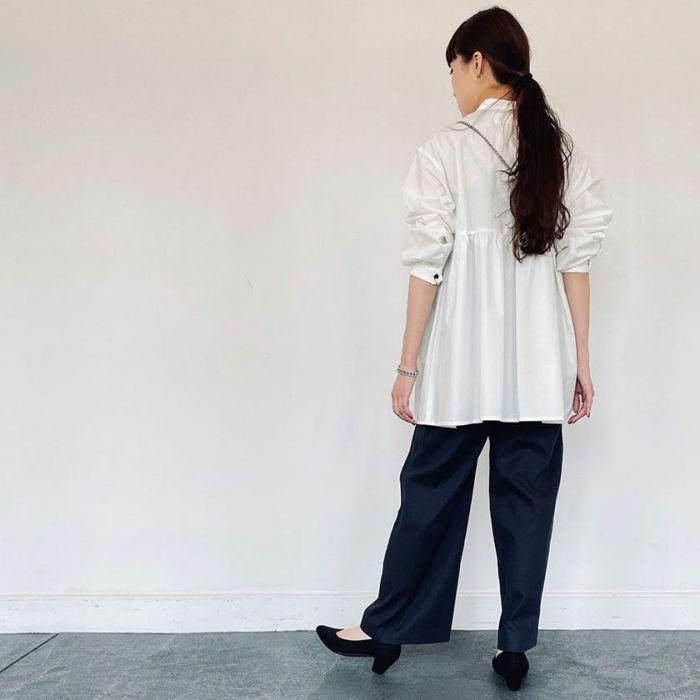ホワイトカラースタンドカラーペプラムシャツ