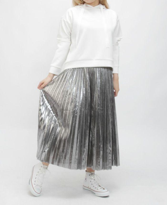メタルプリーツロングスカートシルバー着用画像