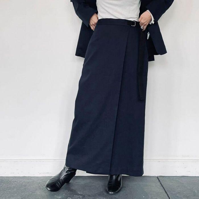 綿麻ラップスカート ネイビー 春夏におすすめの綿麻スカート ネイビーカラー