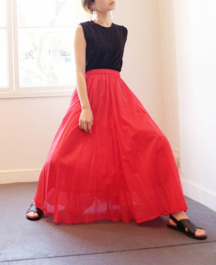 サマースカートレッドの着用イメージ