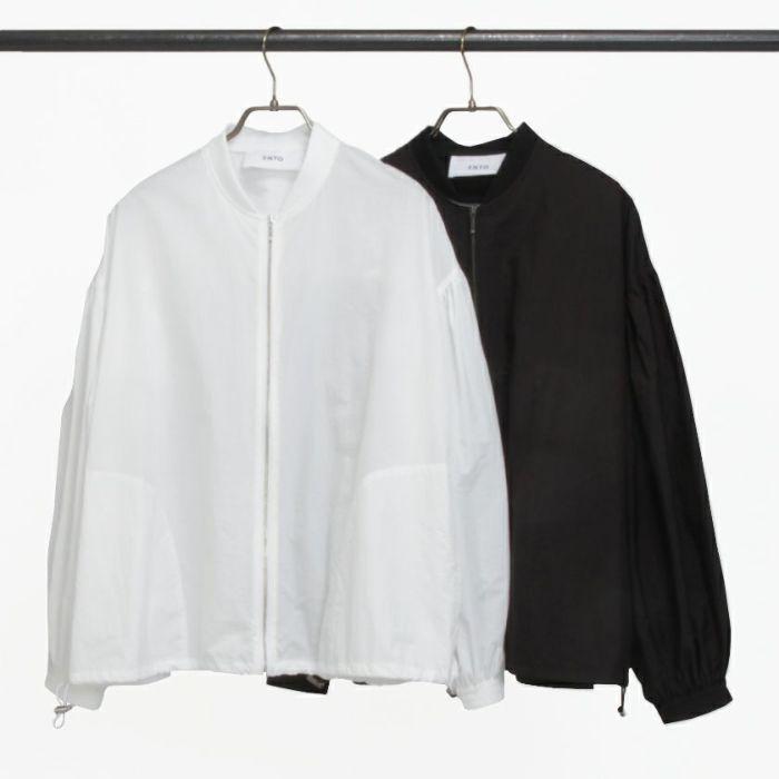 タフタブルゾンホワイトカラーとブラックの2色展開。