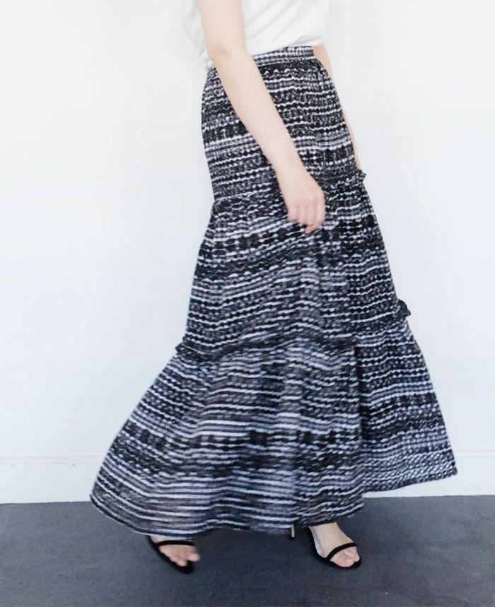 パンチングスカートの商品詳細