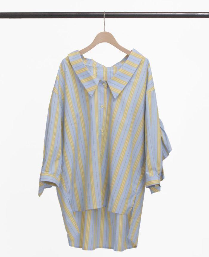 襟付きのオーバーサイズシャツはこなれ感が出てオシャレな一着。