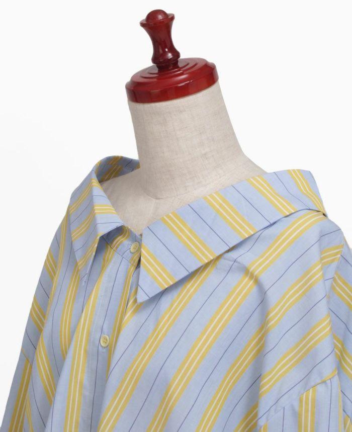 大きめのエリで小顔効果も狙えるシャツ