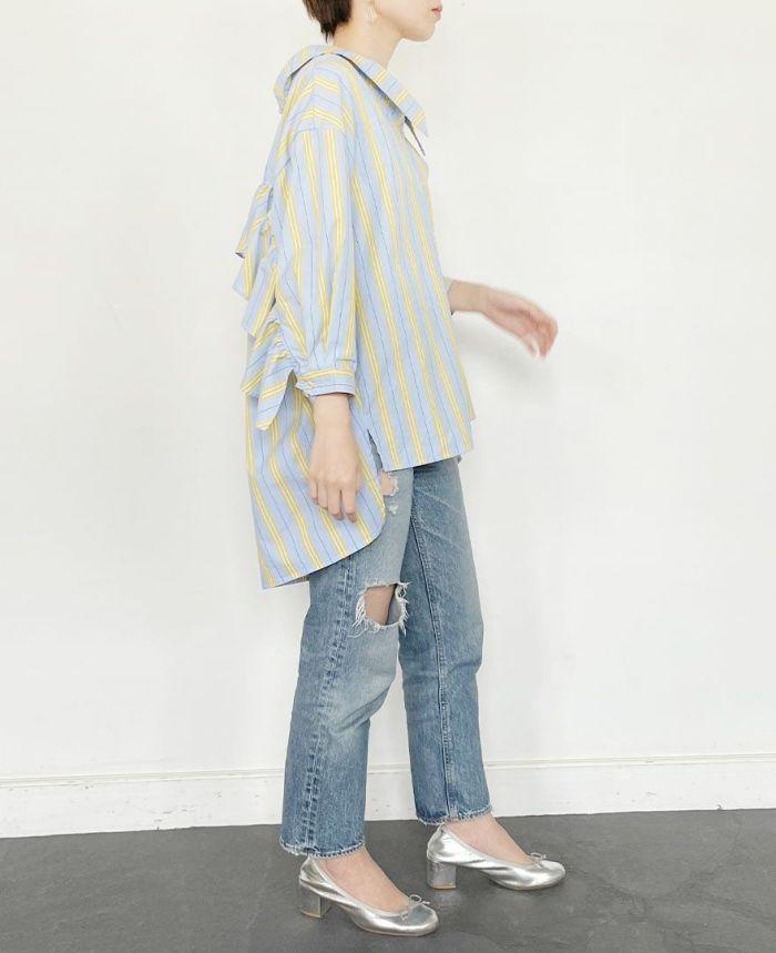 春夏の爽やかコーディネートに合うシャツは店頭でも人気商品!
